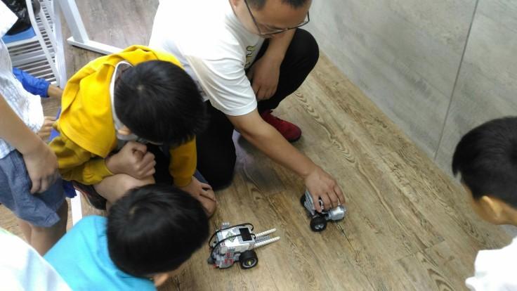 0703機器人營隊_180703_0025