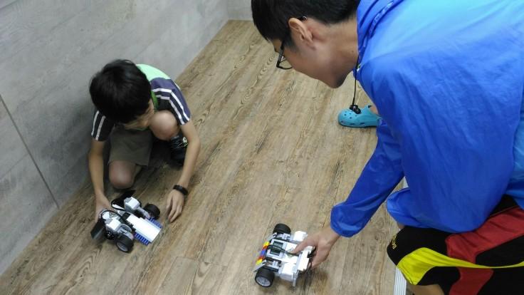 0703機器人營隊_180703_0060