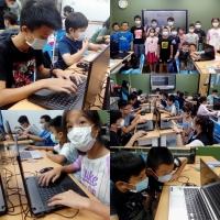 【Let's Code一起程式吧】2020暑假夏令營03:【Minecraft小小探險家-程式遊戲營,7/16~7/17】課程側拍