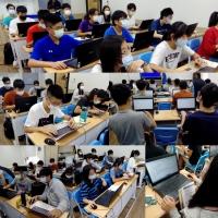 【Let's Code一起程式吧】2020暑假夏令營12:【C++資工必修-程式專題實作營 8/3-8/12】課程側拍